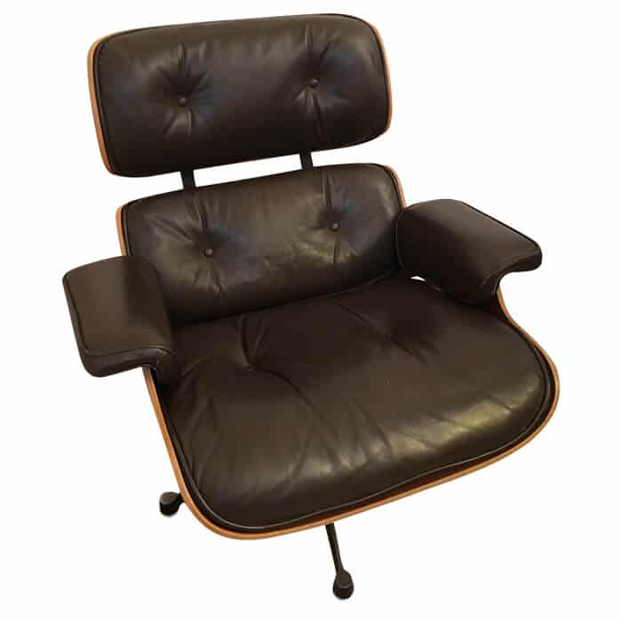 fauteuil lounge chair 670 marron c r eames. Black Bedroom Furniture Sets. Home Design Ideas