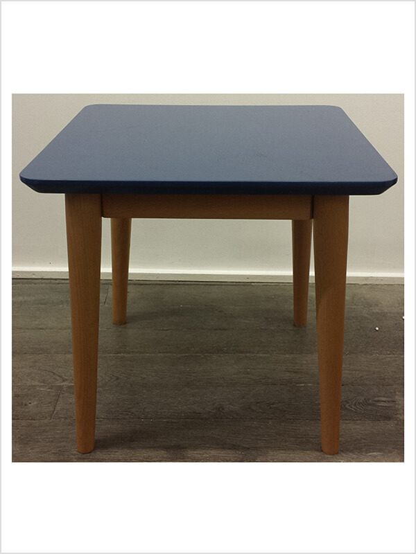 Table d 39 appoint m bleu kann design d 39 occasion zeeloft for Table exterieur d occasion