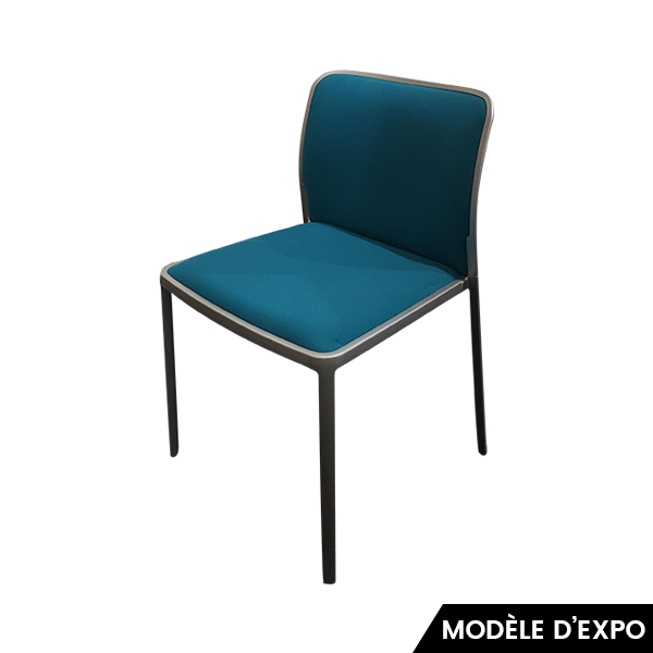 chaise audrey soft bleu gris kartell pas cher grandes marques en promo sur zeeloft. Black Bedroom Furniture Sets. Home Design Ideas