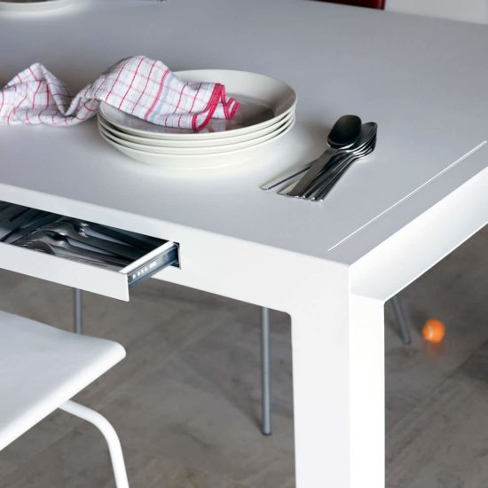 Table table for tools colect blanc fente zeeloft