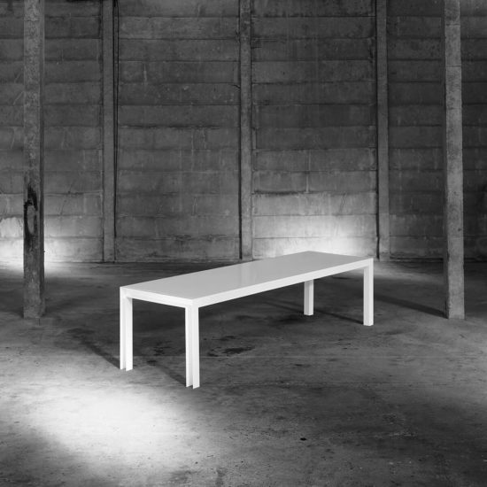 Table table for tools colect blanc zeeloft