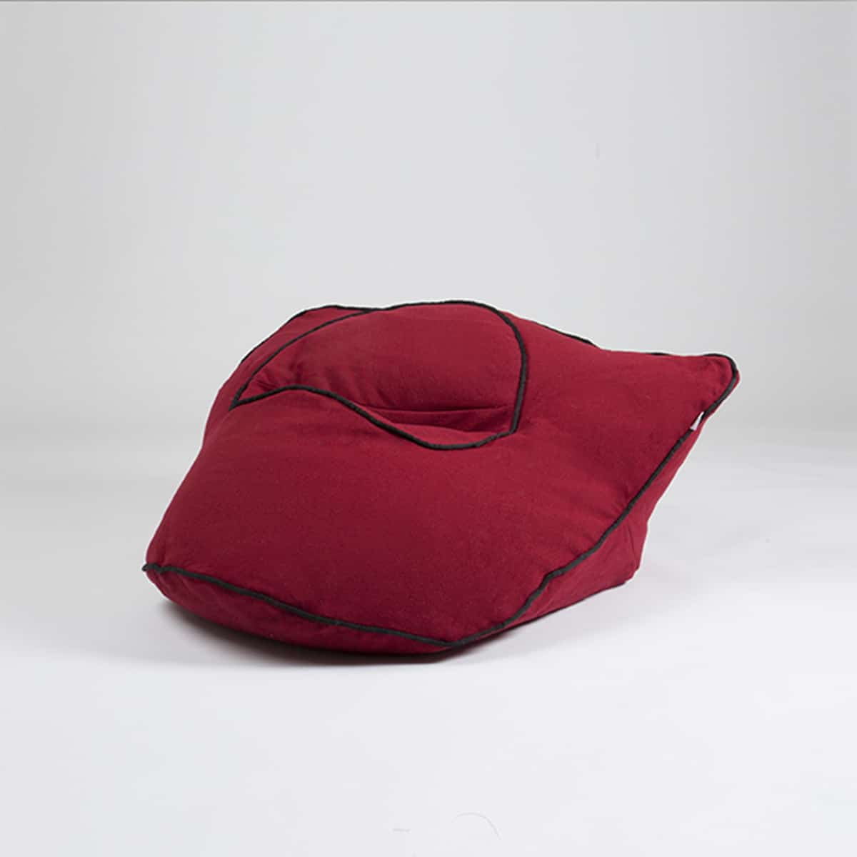 pouf barnabe the brave saintesprit rouge zeeloft 1