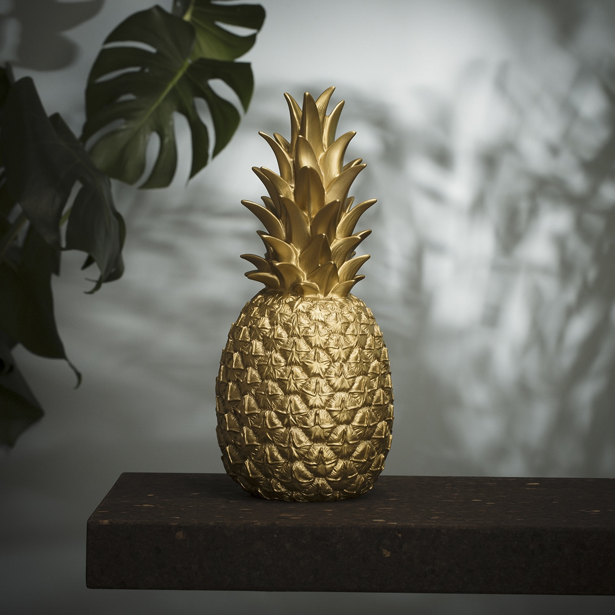 Lampe ananas doré goodnight light zeeloft