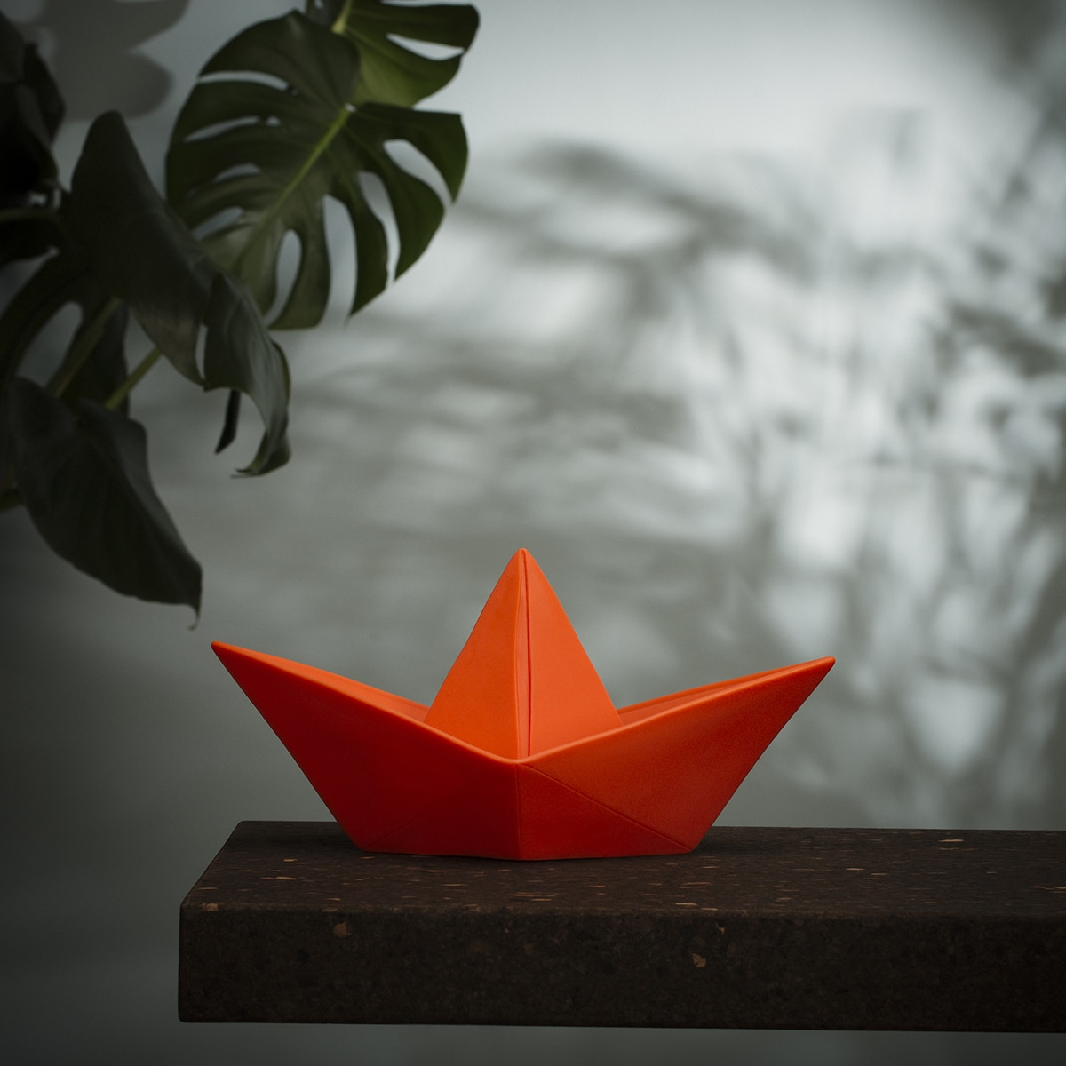Lampe paper boat rouge goodnight light zeeloft